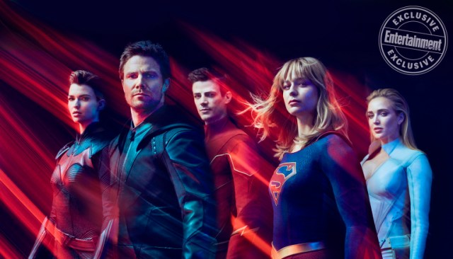 Batwoman (Ruby Rose), Green Arrow (Stephen Amell), Flash (Grant Gustin), Supergirl (Melissa Benoist) y White Canary (Caity Lotz) son superhéroes en el Arrowverse. Imagen: Carlos Serrao/Entertainment Weekly
