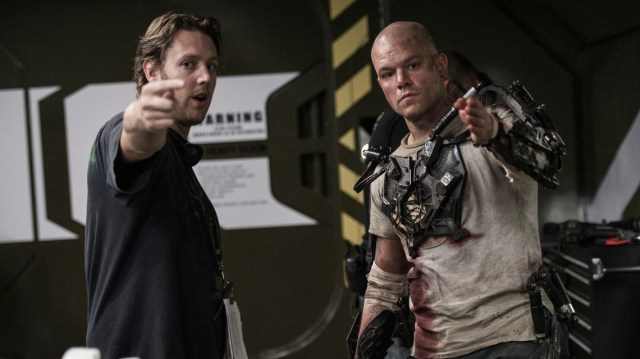 El director Neill Blomkamp y Matt Damon en el set de Elysium (2013). Imagen: syfy.com