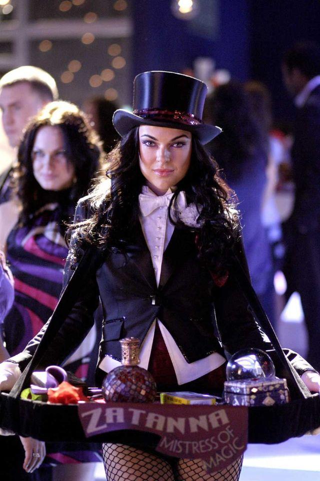Serinda Swan como Zatanna Zatara en Smallville (2001-2011). Imagen: pinterest.com