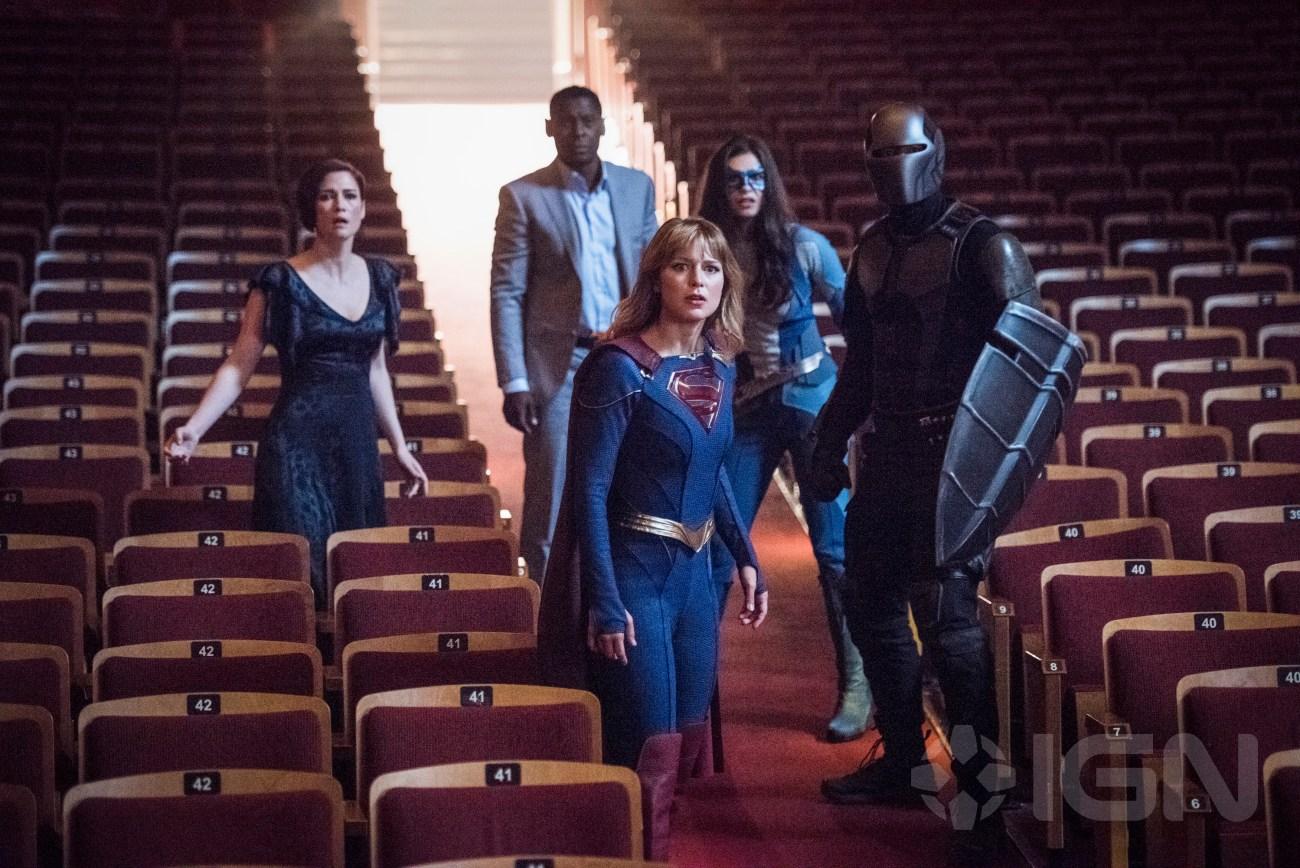 Alex Danvers (Chyler Leigh), Hank Henshaw (David Harewood), Supergirl (Melissa Benoist), Dreamer (Nicole Maines) y Guardian (Mehcad Brooks) en Event Horizon, el episodio 501 de Supergirl. Imagen: IGN/Dean Buscher/The CW
