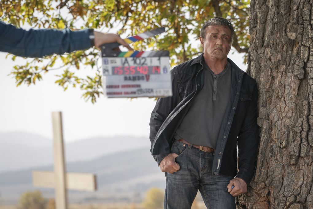 Sylvester Stallone como John Rambo en el set de Rambo: Last Blood (2019). Imagen: Zima Entertainment