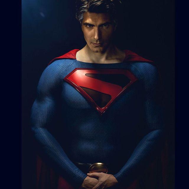Brandon Routh como Superman (Kingdom Come) en Crisis on Infinite Earths. Imagen: Brandon Routh Instagram (@brandonjrouth).