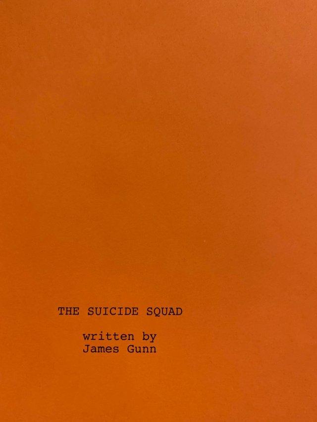 Portada del guión de The Suicide Squad (2021). Imagen: James Gunn Twitter (@James Gunn).