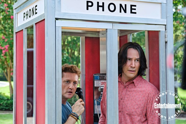 "Alex Winter como Bill S. Preston Esquire y Keanu Reeves como Ted ""Theodore"" Logan en Bill & Ted Face the Music (2020). Imagen: Patti Perret/Orion Pictures"