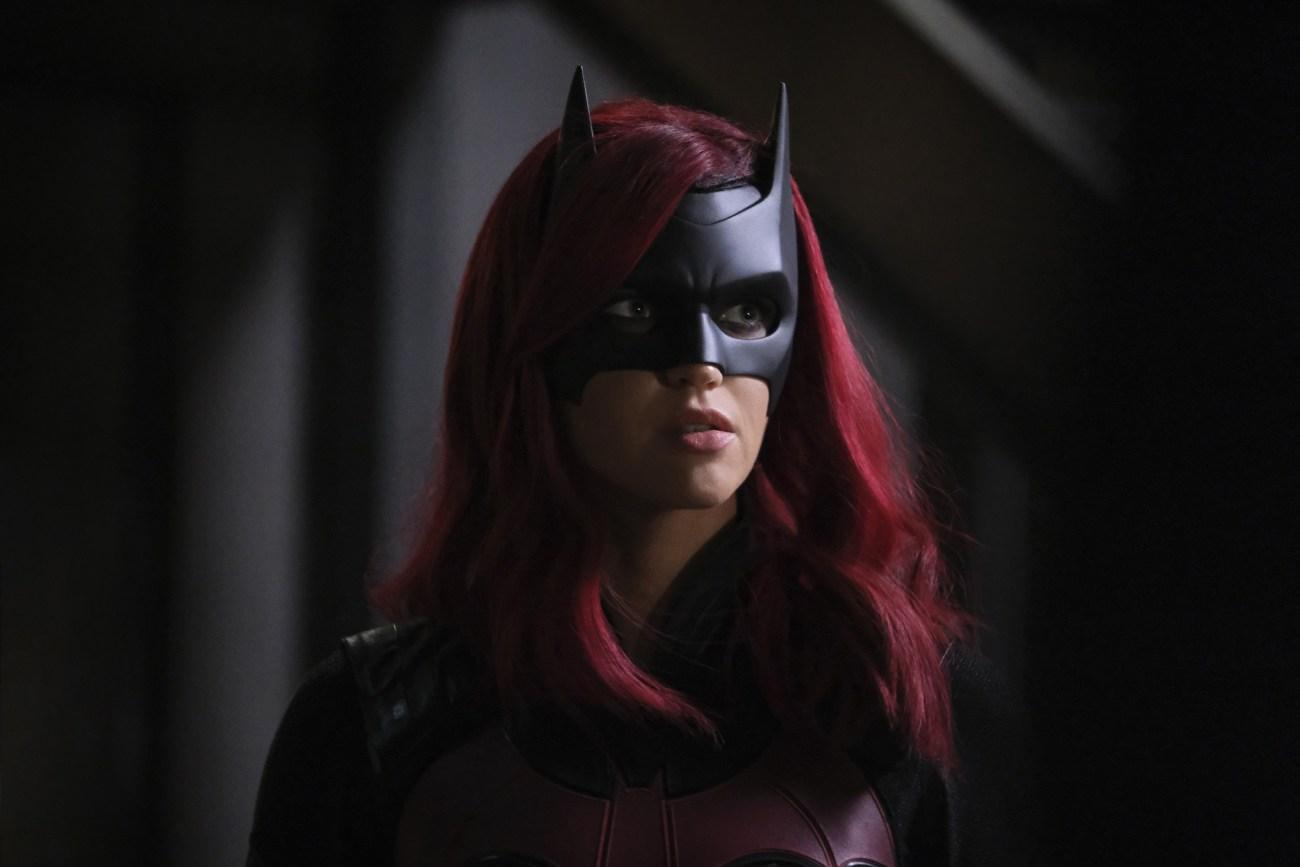 Batwoman (Ruby Rose) en un episodio de la primera temporada de Batwoman. Imagen: SpoilerTV
