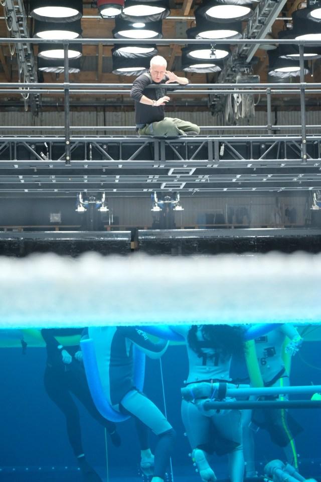 James Cameron dirigiendo en el set de las secuelas de Avatar (2009). Imagen: Avatar Twitter (@officialavatar).