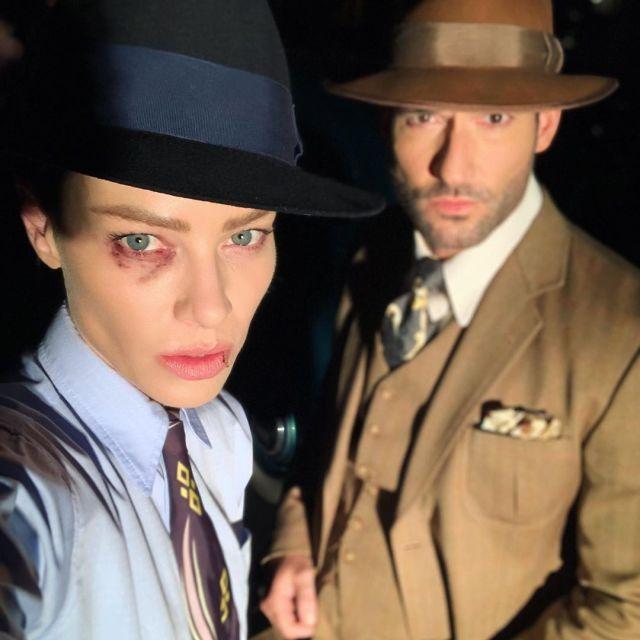 Lauren German y Tom Ellis en el set de la temporada 5 de Lucifer. Imagen: Lauren German Instagram (@laurengerman).