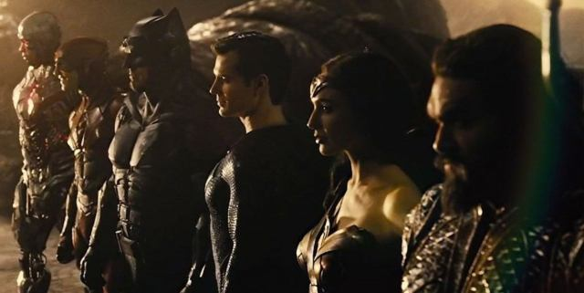 Cyborg (Ray Fisher), Flash (Ezra Miller), Batman (Ben Affleck), Superman (Henry Cavill), Wonder Woman (Gal Gadot) y Aquaman (Jason Momoa) en Zack Snyder's Justice League (2021). Imagen: ComicBook.com
