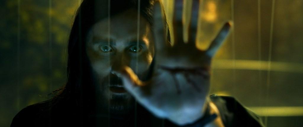 Jared Leto como el Dr. Michael Morbius en Morbius (2021). Imagen: Sony Pictures