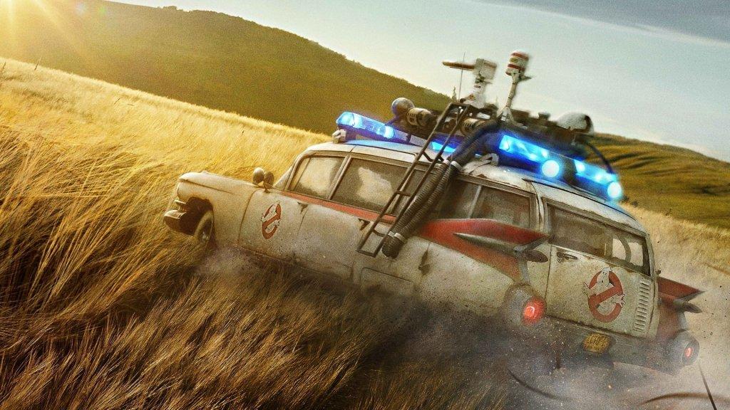 El ECTO-1 en Ghostbusters: Afterlife (2021). Imagen: fanart.tv
