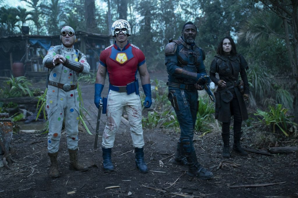 Polka-Dot Man (David Dastmalchian), The Peacemaker (John Cena), Bloodsport (Idris Elba) y Ratcatcher 2 (Daniela Melchior) en The Suicide Squad (2021). Imagen: Jessica Miglio/Warner Bros. Pictures