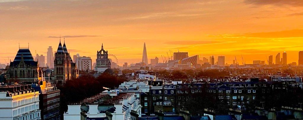 Londres, Inglaterra, una de las locaciones de Doctor Strange in the Multiverse of Madness (2022). Imagen: Bruce Campbell (@GroovyBruce).