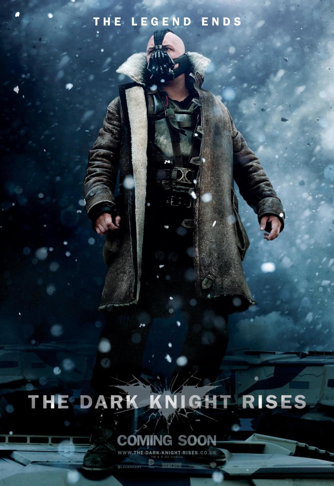 Tom Hardy como Bane en un póster promocional de The Dark Knight Rises (2012). Imagen: impawards.com