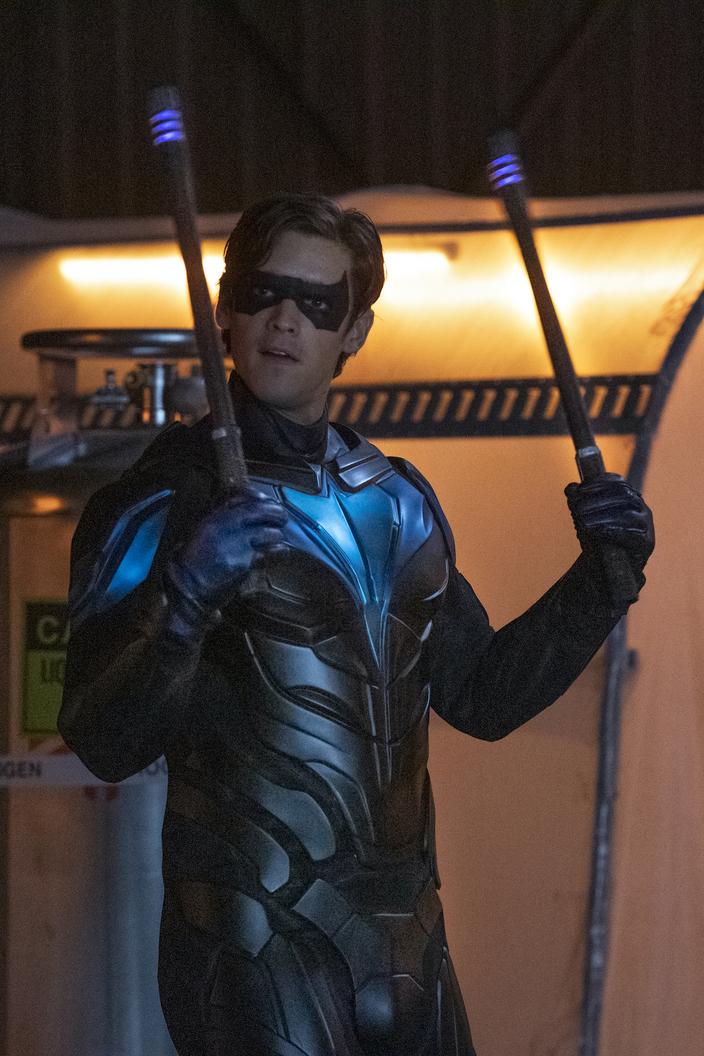 Dick Grayson/Nightwing (Brenton Thwaites) en el episodio 301 de Titans. Imagen: DC Titans on Max Twitter (@DCTitans).