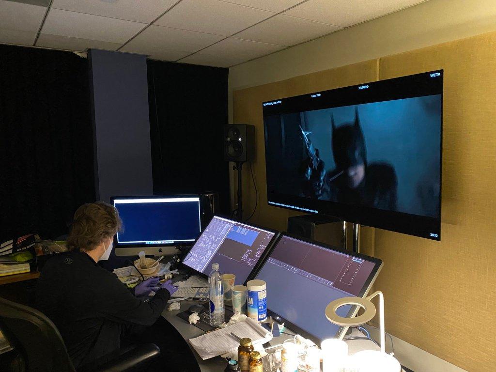 Batman/Bruce Wayne (Robert Pattinson) en una escena de The Batman (2022). Imagen:Matt Reeves Twitter (@mattreevesLA).