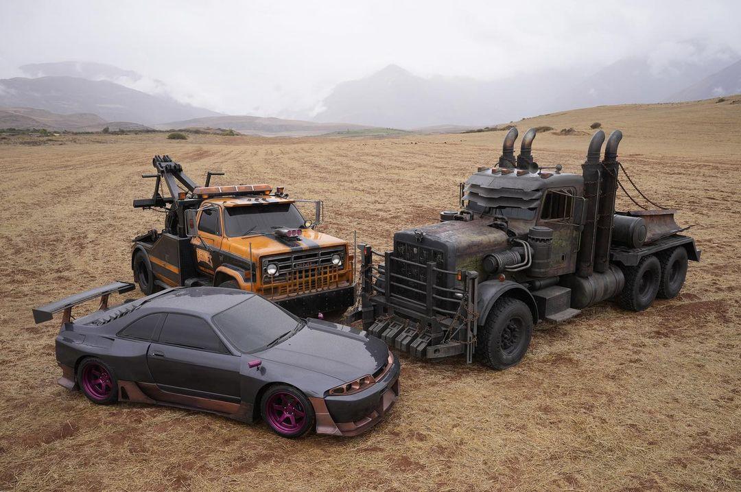 Los Terrorcons en el set de Transformers: Rise of the Beasts (2022). Imagen: Steven Caple Jr. Instagram (@stevencaplejr).