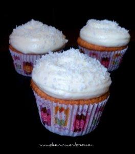 Cupcakes cu cocos
