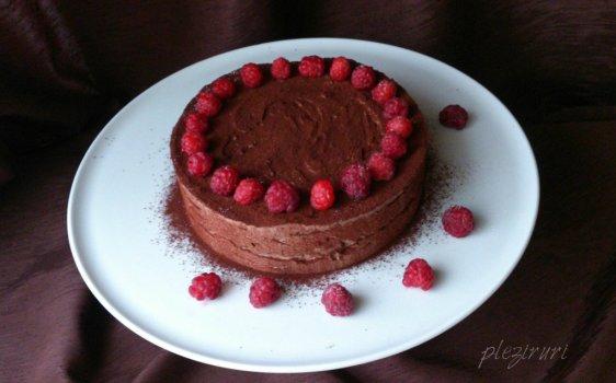 Tort parfait cu ciocolata si zmeura
