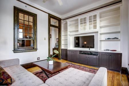 Original-details-Anderson-Estates-Condo-For-Sale-Mount-Royal-Calgary