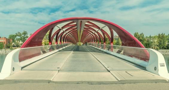 Kensington-calgary-hillhurst-peace-bridge-real-estate