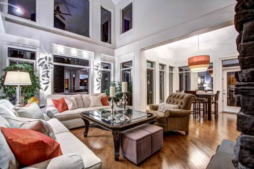 Vaulted-ceiling-great-room-40-Wentwillow-lane-SW-west-springs-real-estate-for-sale-plintz-Realtor-calgary-sothebys-Luxury