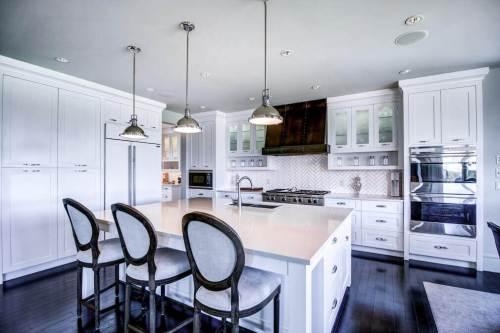 Modern-kitchen-gourmet-20-October-Gold-Gate-Elbow-Valley-For-Sale-Realtor-Plintz-Luxury-Real-Estate-Calgary-Sothebys