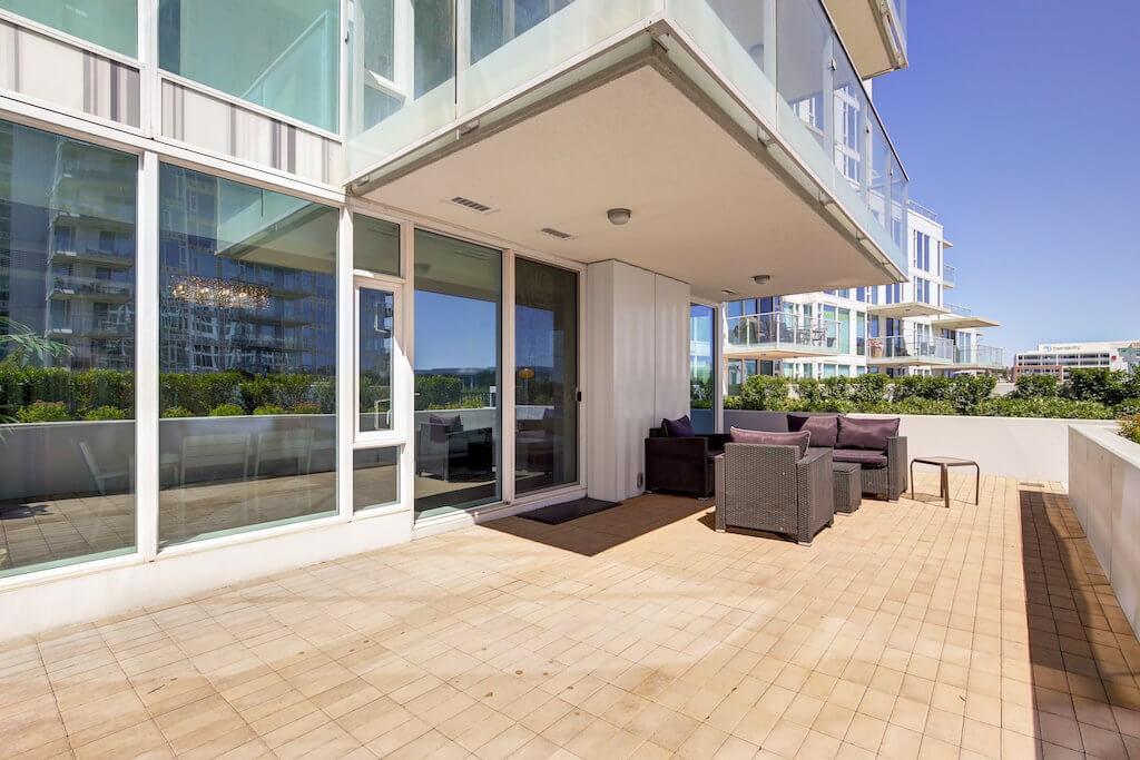 Downtown-condo-patio-evolution-Realtor-210-510-6-Avenue-SE-east-village-calgary-real-estate-for-sale-condo-plintz-sothebys
