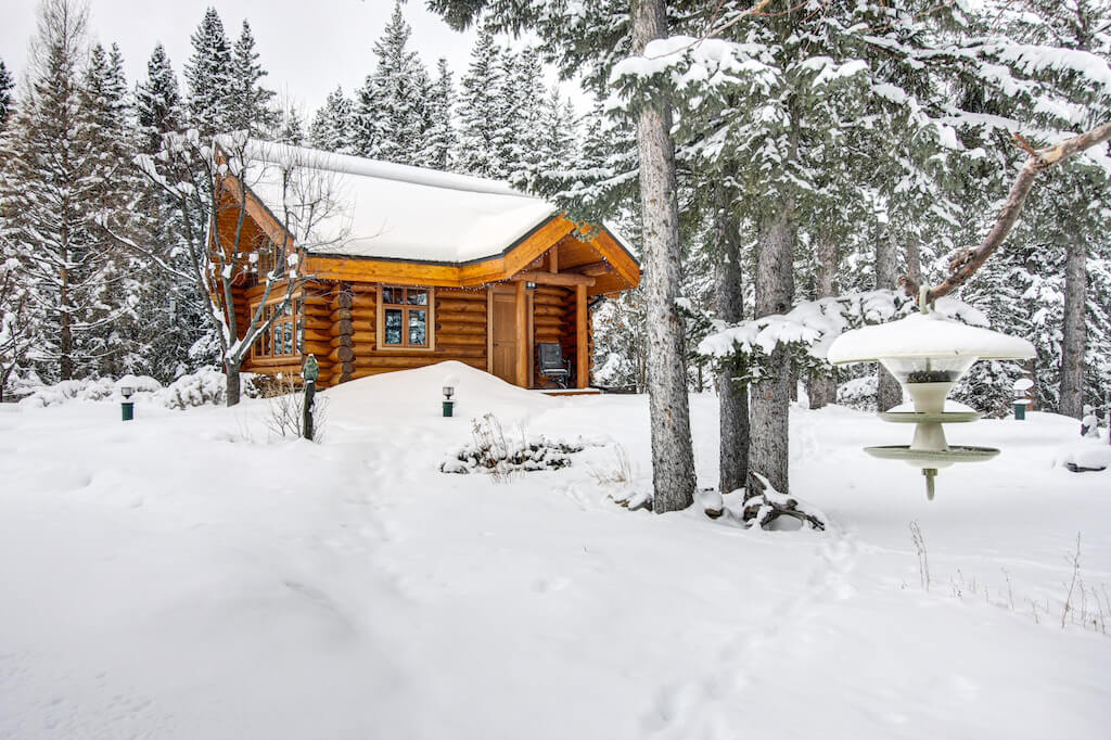 Winter-cabin-352248-Pine-Ridge-Road-Bragg-Creek-Ranch-Acreage-For-Sale-Calgary-Real-Estate-For-Sale-taylor-sothebys-Realtor-Plintz
