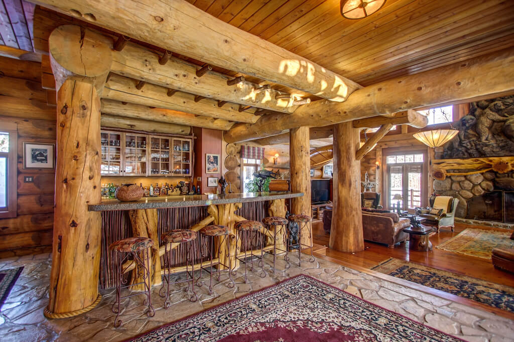Bar-living-room-352248-Pine-Ridge-Road-Bragg-Creek-Ranch-Acreage-For-Sale-Calgary-Real-Estate-For-Sale-taylor-sothebys-Realtor-Plintz