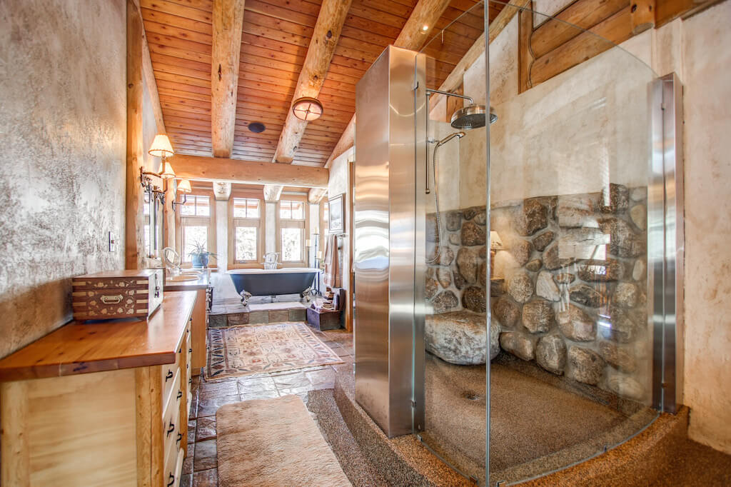 Spa-bathroom-ensuite-master-352248-Pine-Ridge-Road-Bragg-Creek-Ranch-Acreage-For-Sale-Calgary-Real-Estate-For-Sale-taylor-sothebys-Realtor-Plintz