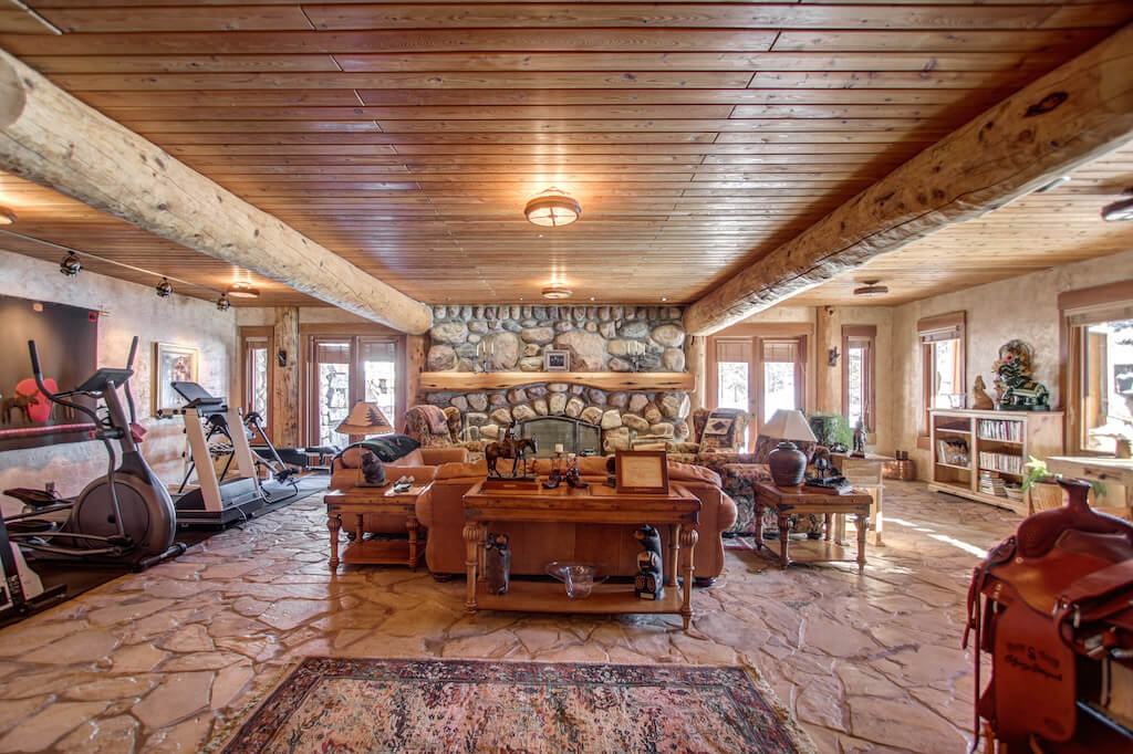 Timberframe-beams-walkout-basement-352248-Pine-Ridge-Road-Bragg-Creek-Ranch-Acreage-For-Sale-Calgary-Real-Estate-For-Sale-taylor-sothebys-Realtor-Plintz