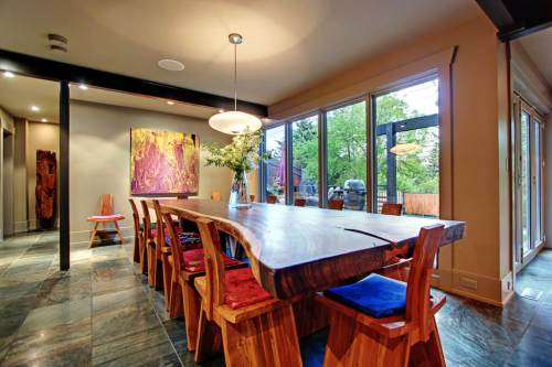 Interior-design-1219-Beverley-Boulevard-SW-Belaire-Calgary-Realtor-plintz-real-estate-luxury-home-for-sale-house