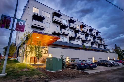Avenue-33-condo-urban-trendy-401-3450-19-Street-SW-Altadore-marda-loop-avenue-33-sarina-homes-condo-luxury-real-estate-for-sale-plintz-realtor-025