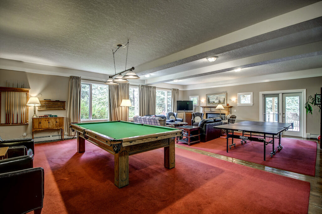 games-room-pool-table-reatreat-centre-business-opportunity-Crossing-Ghost-River-Plintz-Real-Estate-For-Sale