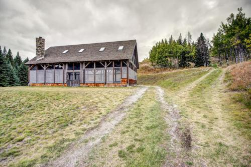 River-House-The-Crossing-Ghost-River-Cochrane-Plintz-Real-Estate-For-Sale