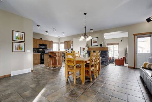 open-concept-layout-303-Valley-Crest-Court-NW-Valley-Ridge-Plintz-Real-Estate-For-Sale-Calgary-Alberta
