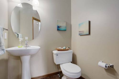 powder-room-303-Valley-Crest-Court-NW-Valley-Ridge-Plintz-Real-Estate-For-Sale-Calgary-Alberta