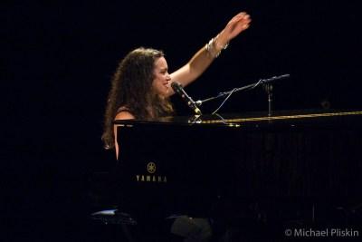 Norah Jones at the Tribute to Graham Parsons concert.