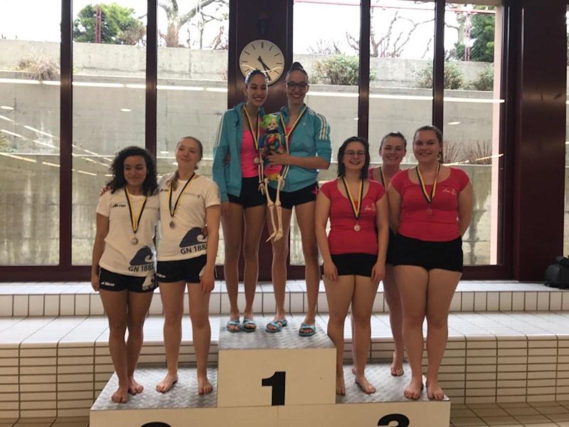 2017-03-07-bronze pour le duo U19 Marion et Magali Deborah