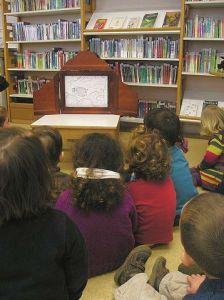 Enfants à la Médiathèque de Plonéour-Lanvern