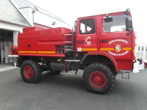 Sapeurs-Pompiers de Plonéour-Lanvern : Camion-Citerne Feux de Forêts 2000L (CCF)