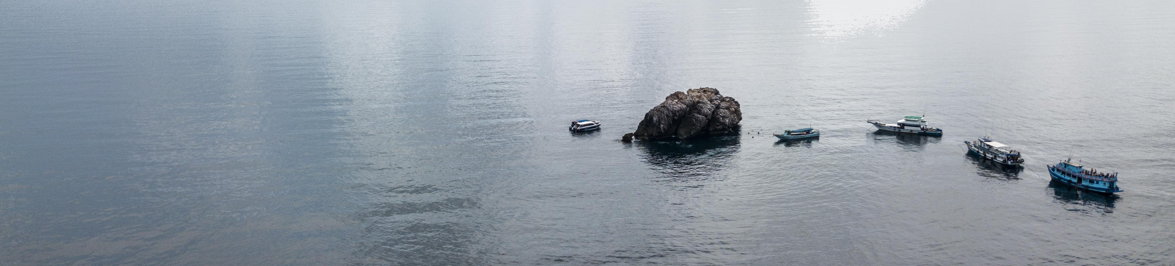 Sail-Rock_Site-de-plongée