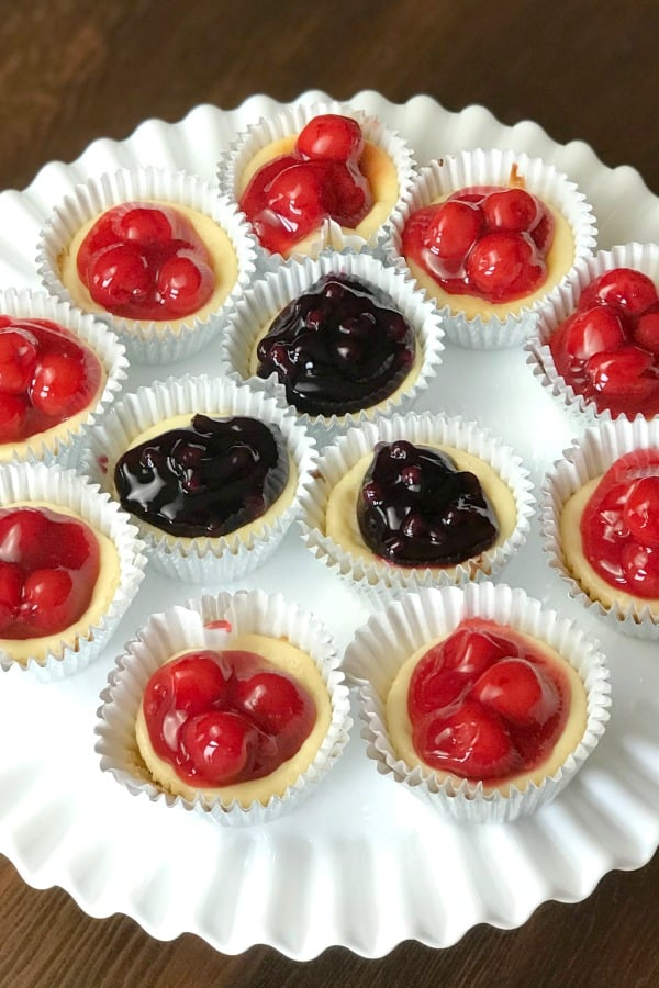 Easy individual sized dessert makes personal cheesecakes and is great to take along to parties, family gatherings and cookouts.