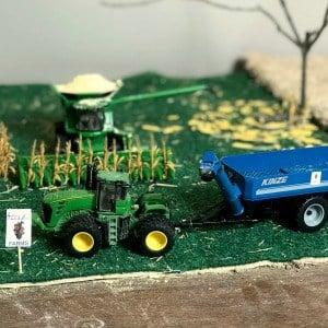 1/64 scale farm toy harvest scene