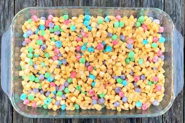 9 x 13 pan of Capt'n Crunch Cereal Bars