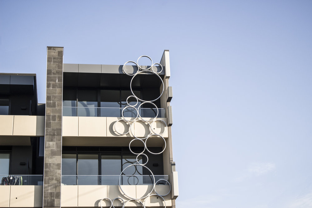 Bubbles Facade Sculpture (Bay Road, Sandringam)