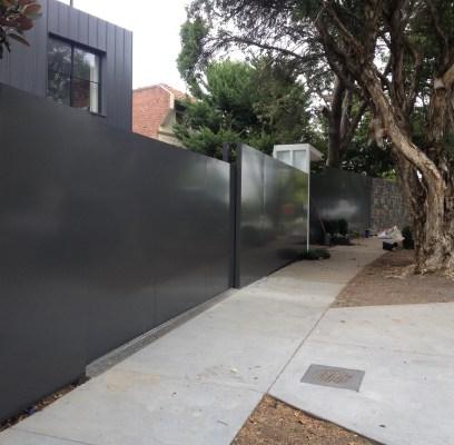 Metal fences & gates