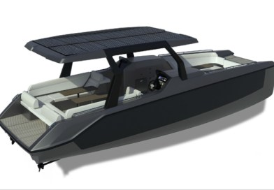 Chameleon e-boat has multiple configurations