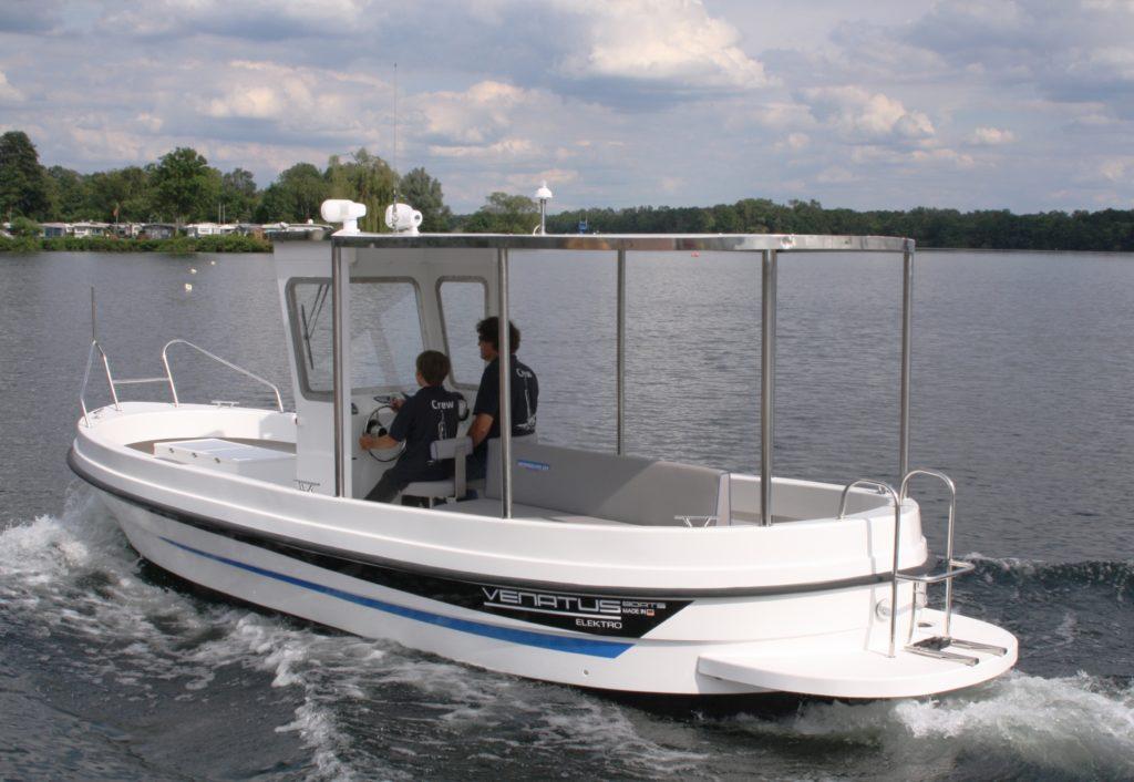 Electric boat by Venatus