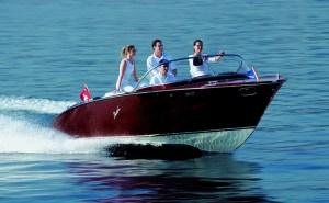 Boesch Portofino 750 electric boat
